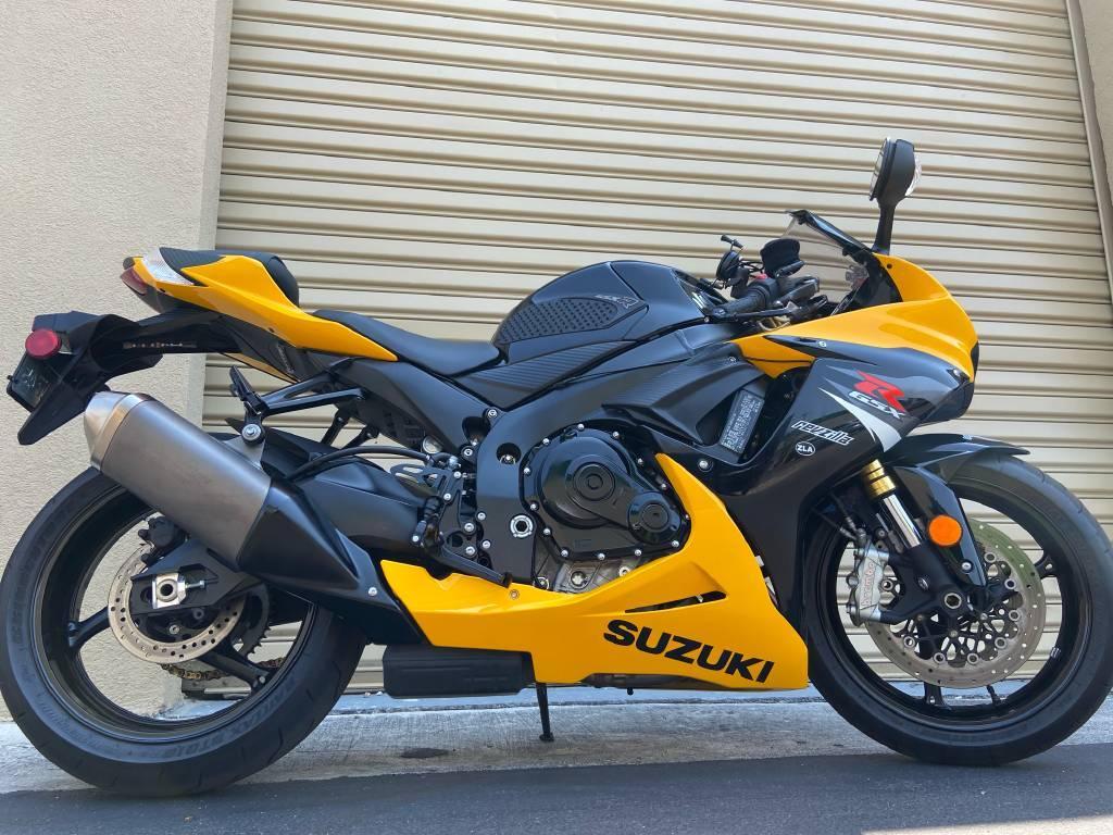 2017 Suzuki GSX-R 750 Whatsapp +17073358726