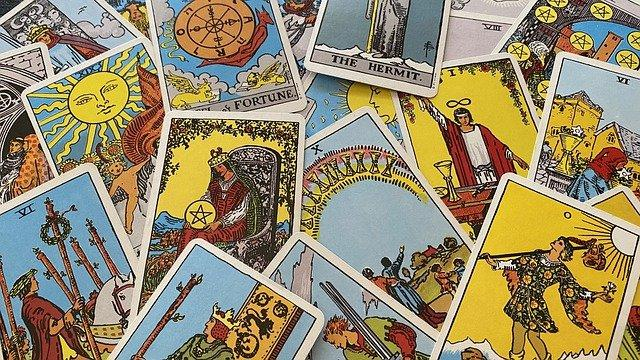 Accurate  Psychic Fortune Teller and Manifestation Coach
